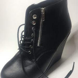 torrid Shoes - Black high bootie